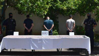 صورة ام البواقي/ فرقة البحث و التدخل (BRI) بام البواقي توقف ثلاثة أشخاص و تحجزأزيد من 4500 قرص من المؤثرات العقلية.