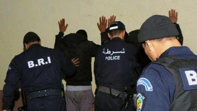 صورة قسنطينة / عناصر الأمن الحضري الأول توقف 3 لصوص بعد السطو على محل تجاري