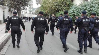 صورة ام البواقي/  شرطة عين كرشة،تحجز 150 كلغ من مادة المعسل مستورد عن طريق التهريب.