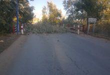 صورة سكيكدة /المقصيون من  السكن ببلدية جندل سعدي محمد يغلقون الطريق  لليوم الثالث على التوالي